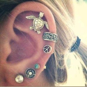 Jewelry - ⭐6 piece Boho Retro Ear Studs & Cuff